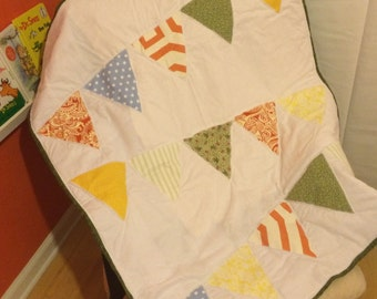 Gorgeous bright colored baby quilt with bunting/flags - great for a gender neutral nursery