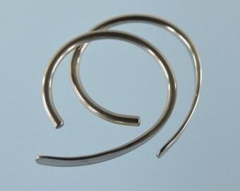 16 gauge niobium earrings: Apostrophe