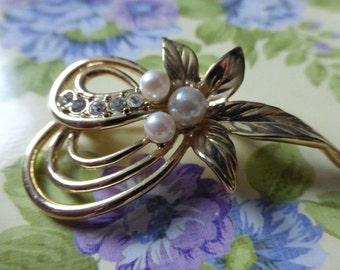 Pearl and diamante adorned vintage brooch