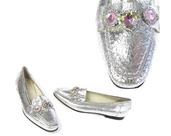 80s Silver Loafers Metallic Silver Leather Flats Rainbow Gemstone Rhinestone Slip On Penny Loafers Pointed Toe Flats Barbie (Size 5) E588