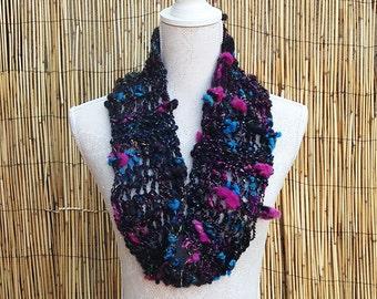 Handspun Art Yarn Scarf - Her Name Was Lola - Hand Knitted Scarf - Infinity Scarf - Handspun Art Yarn - OOAK