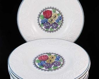 """Vintage Wedgwood Etruria Embossed Floral Center Plates (7) England 9"""""""