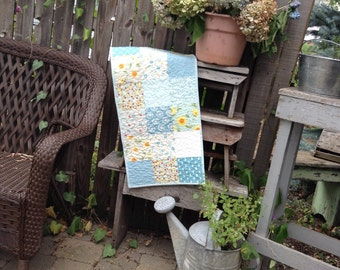 BLUE QUILTED TABLERUNNER, Sunflowers,  Spring Florals, Charm Pack Quilt, Blues, Creams, Yellows, Spring Table Mat,  Traditional Country