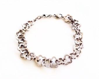 """Sterling silver flowers link bracelet 8"""" long beautiful"""