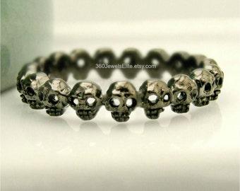 Black gold plated small skull eternity ring, alternative wedding ring, tiny skulls, skull ring, promise ring, stack ring