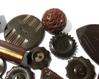 Brown Bakelite Buttons Assorted VINTAGE Bakelite Buttons Sixteen (16) Brown Bakelite Buttons Carved Vintage Jewelry Sewing Supplies (G75)