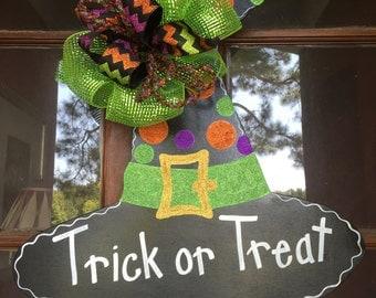 Door Hanger, Halloween Decor, Witches' Hat, Witches' Hat Decor, Witch Door Decor, Trick or Treat, Halloween Wreath, Fall Decor