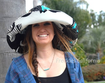 Wide Brimmed Sun Hat Womens Summer Hat Turquoise  Vacation Sun Hat Beach  Freckles California