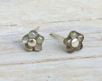 Tiny Flower Post Earrings, Stud Earrings