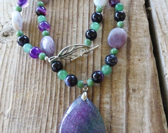 Lilac Jasper Striped Agate Aventurine and Moss Jasper Beaded Necklace with Dragons Vein Agate Pendant