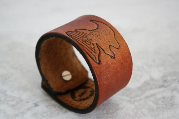Men's Brown Leather Cuff with Stamped Eagle (Size 6.75 inches)