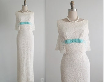 60's Wedding Dress // Vintage 1960's White Lace Fitted Column Capelet Wedding Dress Gown S