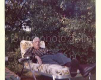 Vintage Photo, Man Relaxing on Chaise Lounge, Color Photo, Snapshot, Lush Garden, Found Photo, Snapshot, Vernacular Photo   *AUGUSTINE0654