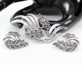 AVON OF BELLEVILLE (Boucher) Marcasite Brooch and Earring Demi - Inventory Numbers 2727 and 2725