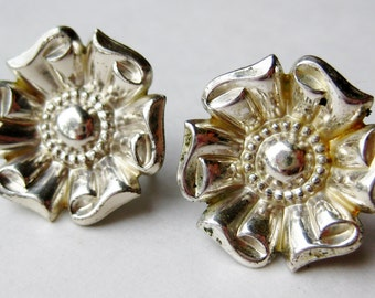 Vintage 40s Sterling Silver Floral Bouquet Art Deco Screwback Earrings