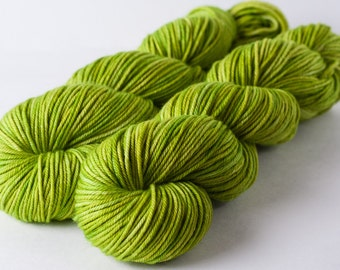 Merino, cashmere, nylon worsted yarn, 4 oz: Weeping Willow