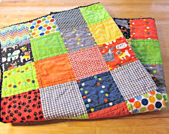 Baby Boy Quilt, Dog Quilt, Patchwork Quilt, Stroller Quilt, Play Mat, Puppy Quilt, Animal Quilt