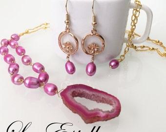 Pink Druzy Necklace, Drusy Necklace, Pink pearl necklace, pink Gemstone Necklace, pink geode necklace, Fuchsia Necklace - Geranium