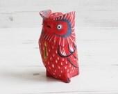 Vintage Wood Owl Figure Bird Figurine - Red Ornament Decoration Display Decor