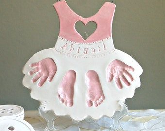 Personalized Baby Keepsake Plaque for Baby and New Parents - Footprint & Handprint Keepsake Plaque - Handprint Gift