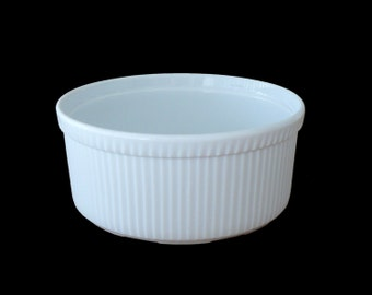 Apilco White Porcelain Pleated Baking Serving Large Souffle Dish Made in France