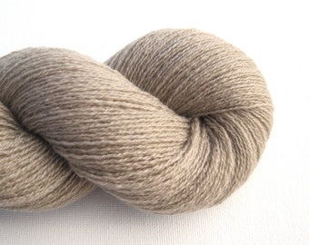 Lace Weight Recycled Cashmere Yarn, Greige, 570 Yards, Lot 130715