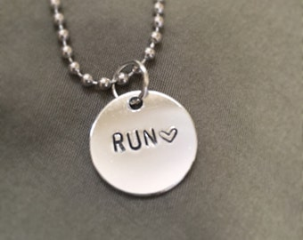 Simple. Run. Necklace.