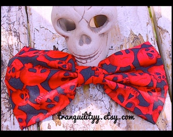 "Skull Hair Bow, Day Of The Dead 1000 Corpse , Day Of The Dead Skull Jumbo Gothic   Fabric Hair Bow 7"" x 4"" Handmade By: Tranquilityy"