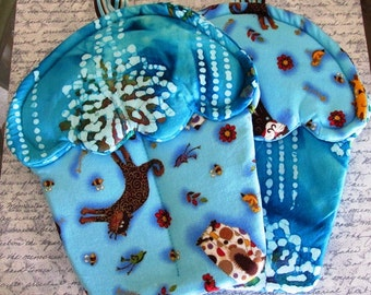 Handmade Cupcake oven mitts with Blue and Aqua tie dyed with Cats material pot holders