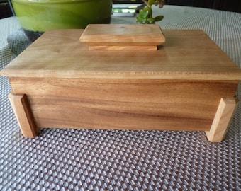 Handcrafted Monkey Pod and Cherry Lift Lid Jewelry/ Keepsake Box