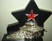 Old vINTAGE RUSSIAN USSR COMMUNIST Propaganda Red Star Tank  *** Glory to the Soviet Army