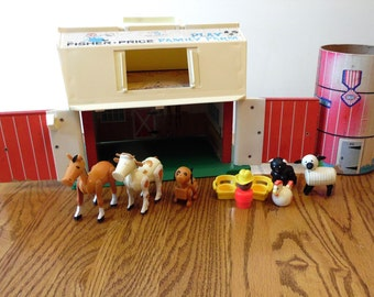 Fisher Price 1967 Barn 1968 Silo Animals Farmer Collectible Childrens Toy