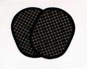 Oval Pot Holders Quilted Black and Tan Lattice