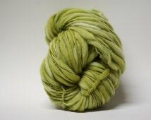 Handspun Wool Thick and Thin Merino Yarn Slub  Hand Dyed tts(tm) Bulky Windflower Green 01
