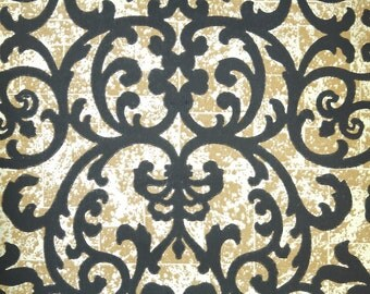 Retro Wallpaper by the Yard 70s Vintage Wallpaper - 1970s Black and Gold Damask