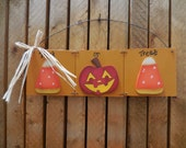"Prim ""Trick or Treat"" sign, FFFOFG, FREE SHIPPING, door hanging, wall sign, Halloween, fall, home decor"