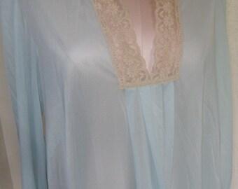 Vintage Nightgown Baby Doll Nightie Vanity Fair 1970's Size Medium