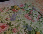 Beautiful cabbage rose shabby chic, cottage chic, full size flat sheet