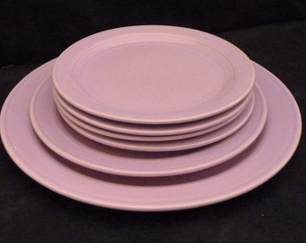 Vernon Kilns Plates Orchid Modern California Six Plates Lunch Salad Bread and Butter