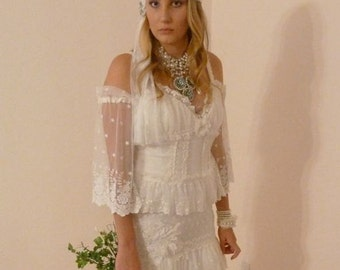 Bohemian Wedding Dress Ivory Lace Boho Hippie Gown with Train