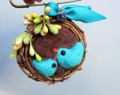 Bird brooch, felted birds, felt nest, needle felted, spring jewelry, mommy and baby, mothers day gift, large brooch, statement piece