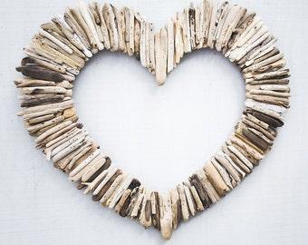 """Driftwood Heart 24"""""""