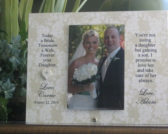 Parents Gift, Parents Frame, Parents of Bride Frame, Parents of Bride Gift, Parents Photo Frame, Parents Picture Frame 4 x 6 photo. Heart
