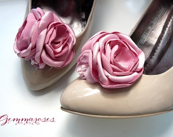 Pink Floral Bouquet Bridal Wedding Shoe Clips in dust pink