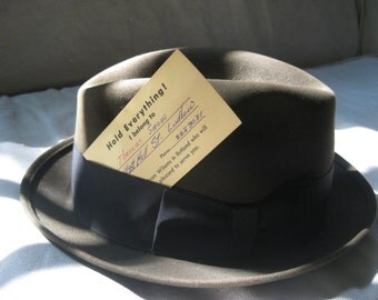 30s felt fedora ~ the bee's knees, sweetheart