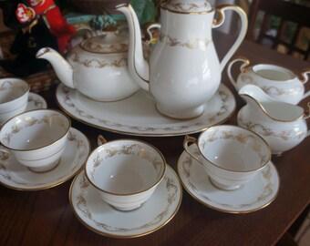Vintage AYNSLEY english bone china tea / coffee set with platters set for 6 people