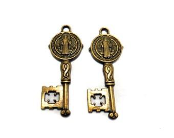2 bronze key charms