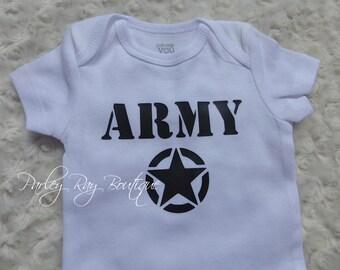 Parley Ray Custom Vinyl Army Baby Girls or Boys Shirt Daddy's Girl Bodysuit