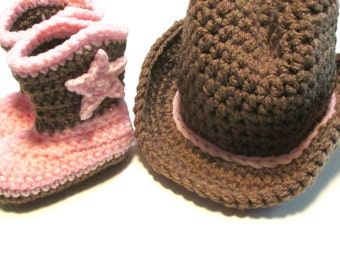 Crochet baby cowboy booties and hat set.  Photography prop for cowboy or cowgirl.  Baby cowboy boots and hat.  Made to order.