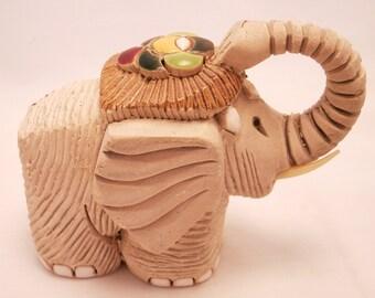 Artesania Rinconada - Middle Elephant with Plastic Tusks ~ #8 ~ RETIRED ~ RARE